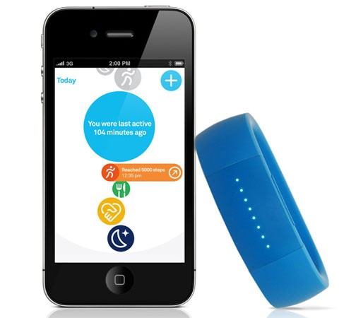 Le bracelet Larklife et l'application iOs dédiée.