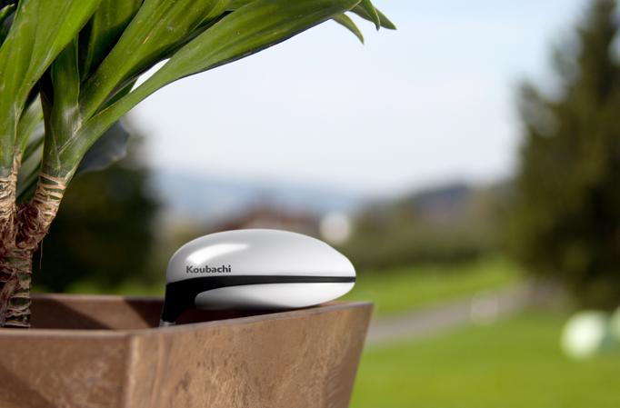 Facile d 39 avoir la main verte avec le plant sensor de for Avoir le wifi dans toute la maison